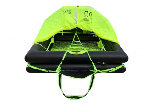 Leisure liferaft for offshore sailing